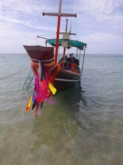 close thai boat