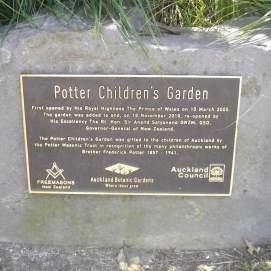 botanic gardens potters children garden